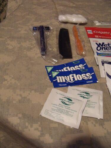 72 Deluxe mâle Emergency//survie hygiène personnelle Kit heure 25 objets