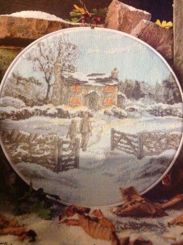 acogedor nieve Cottage rural retirada Navidad Tabla De Punto De Cruz X4