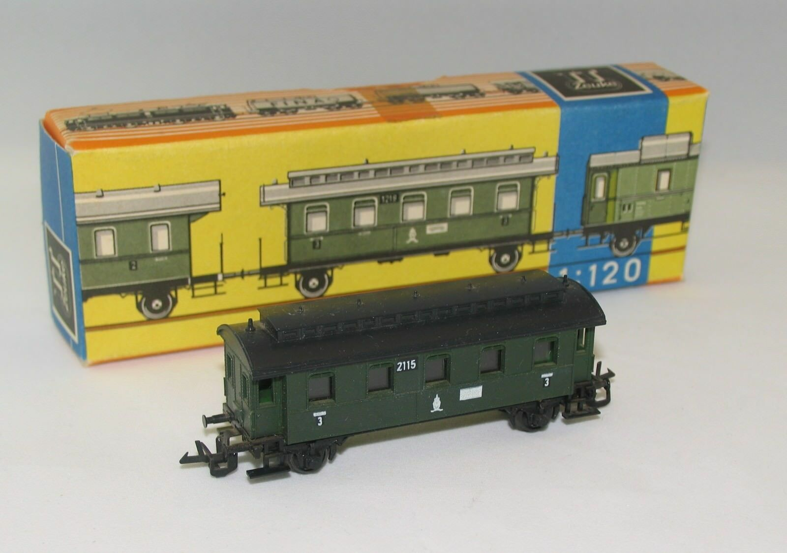 TT Zeuke Personenwagen green Wagon 2115 mit Orig. Karton Güterwagen Spur TT 1 120