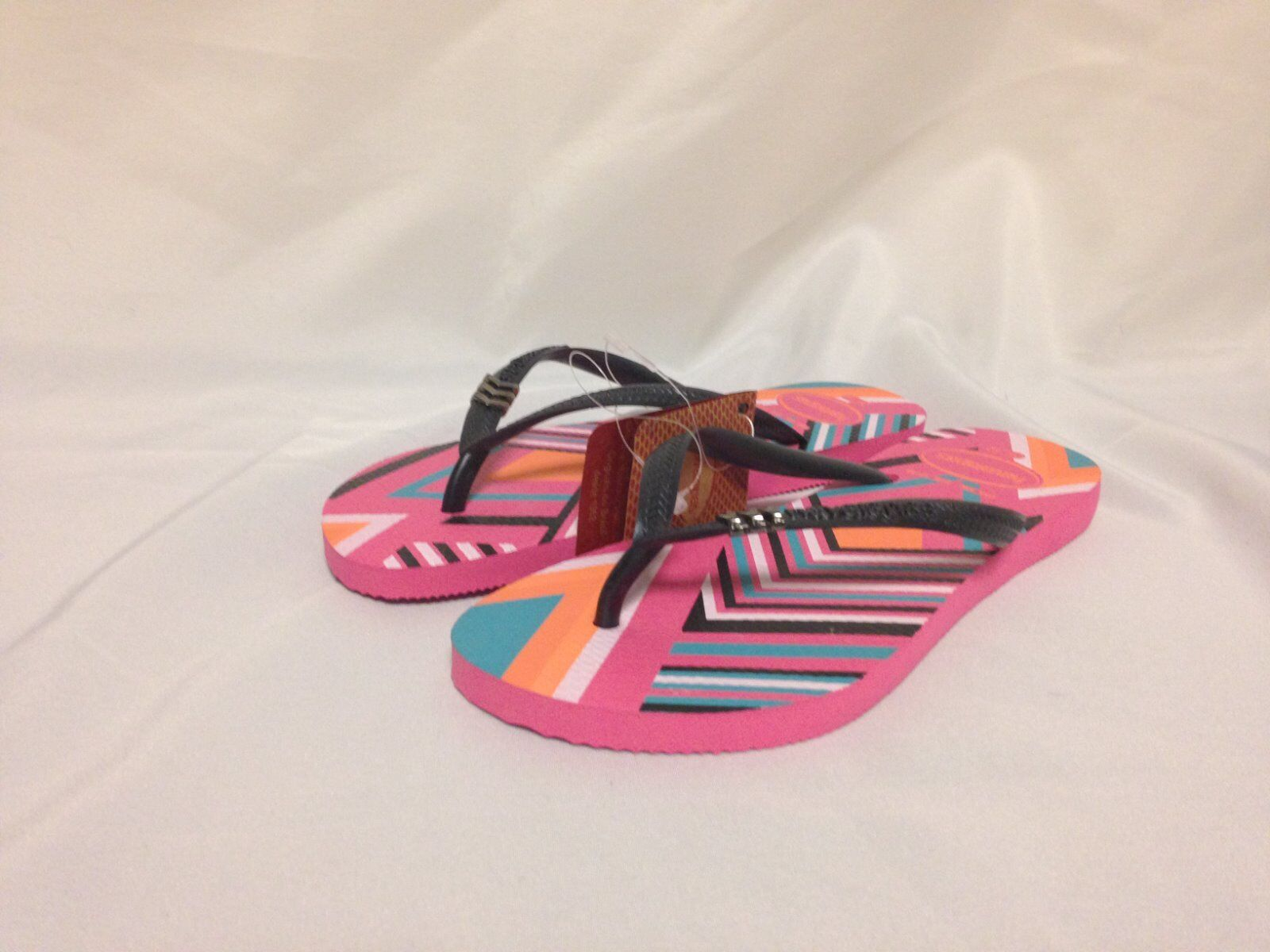 Havaianas Pink Slim Flip Flop Shocking Pink Havaianas New with tags 6b2a60