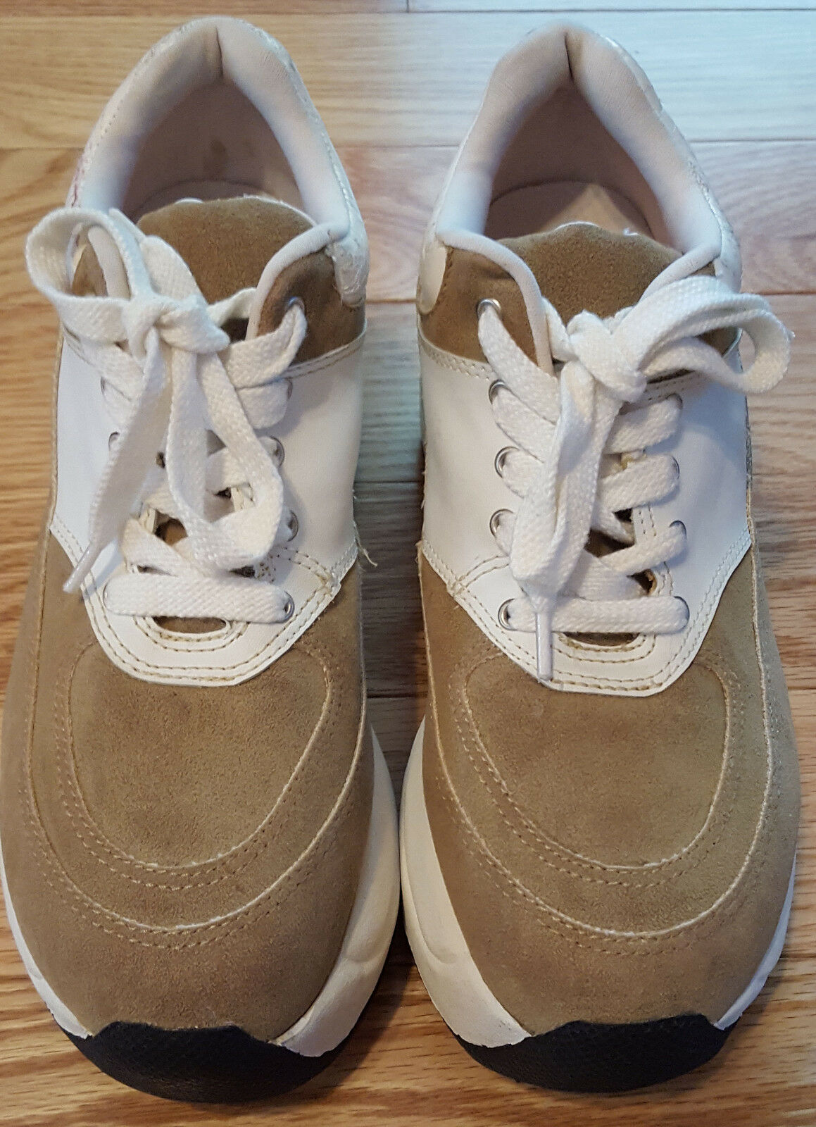 Womens Bee Fly Wedge Sneakers Size 8 1 2