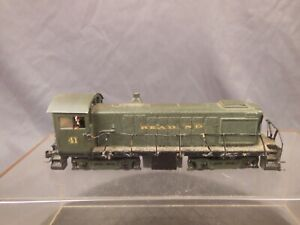 HO-SCALE-ATHEARN-READING-S2-DIECAST-LOCOMOTIVE