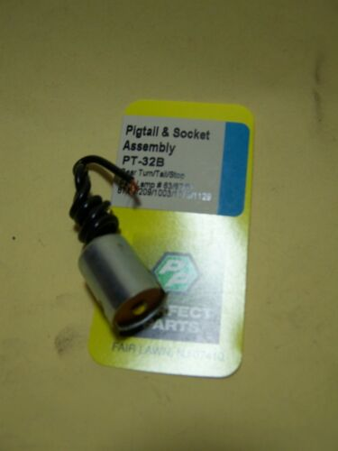 tail and park universal single contact socket assembly. Rear turn stop