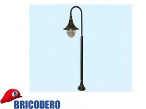 Lampada lanterna su piantana da giardino modello cigno luce