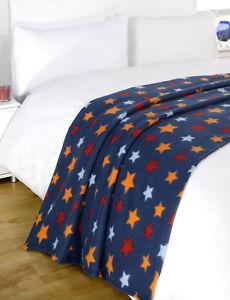 dreamscene-chaud-doux-etoiles-Couverture-en-polaire-au-dessus-du-lit-Marine