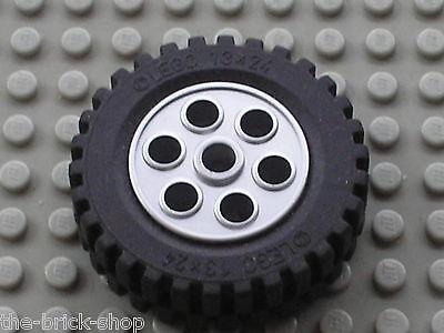 Lego Technik Technic 4 Reifen Rad 13x24 auf grauer Felge 2695 2696