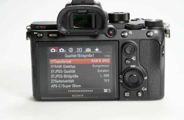 Sony Alpha A7R III 42,4 Mpix Appareil Photo Numérique Hybride