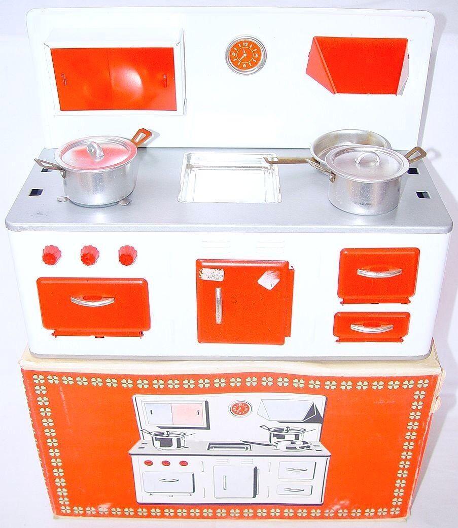 VEB East Germany 12  Doll Talla HISTORIC KITCHEN COOKING SET Tin Toy MIB`68 RARE