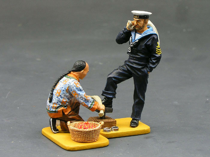 KING & COUNTRY THE STREETS OF OLD HONG KONG HK155M SHOESHINE STAND MIB