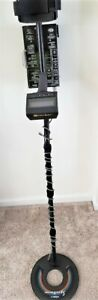 Whites Eagle Spectrum metal detector, excellent condition. Includes extra coil.