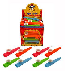 Childrens Toy Plastique Kazoo Music Maker 4 différentes couleurs 11 cm  </span>
