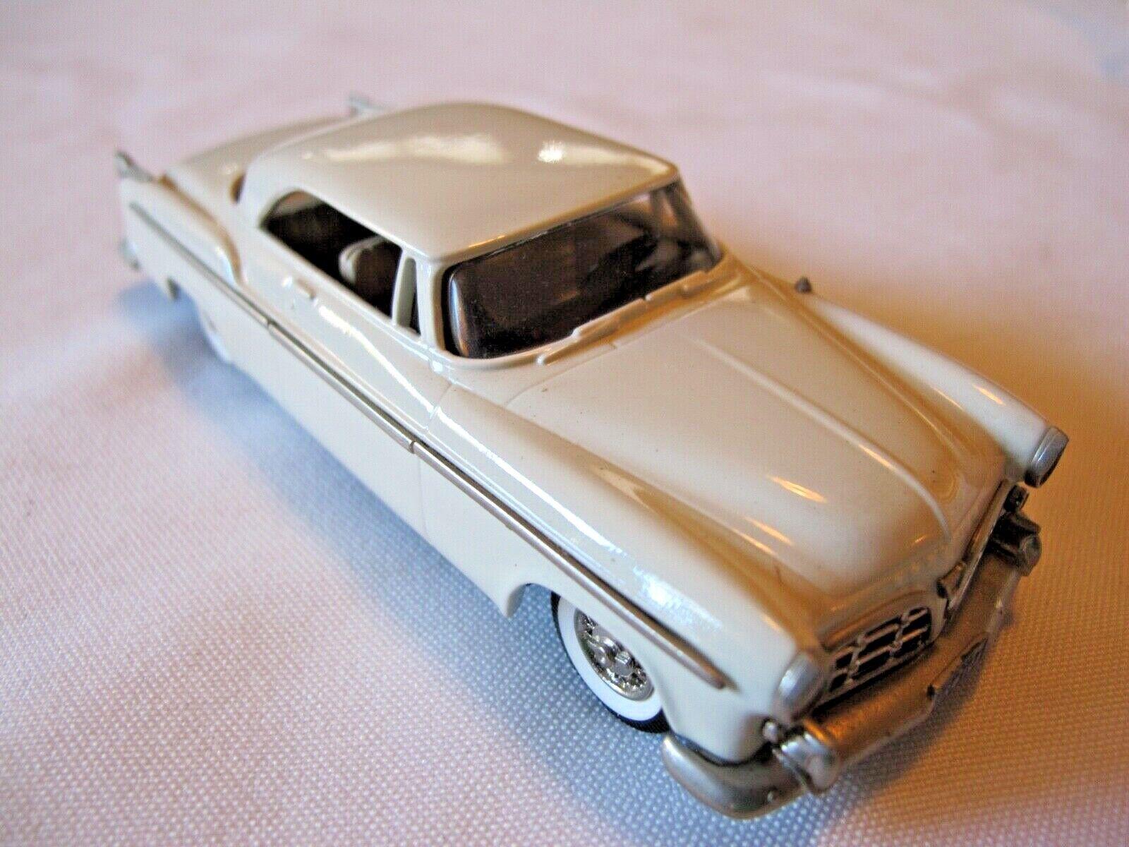 Brooklin Models BRK 19A 1955 Chrysler C-300 Hardtop Coupe Weiß 1 43 MIB