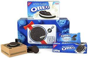 Oreo-Music-Box-Cookie-Record-Player-Collectible-Holiday-Gift-Tin-Rare-Item