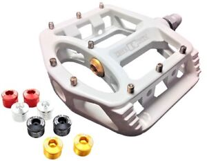 CRANK-CANDY-034-EVO-034-Lightweight-Magnesium-WHITE-Mountain-Bike-Pedals-MTB-9-16-034-ATB