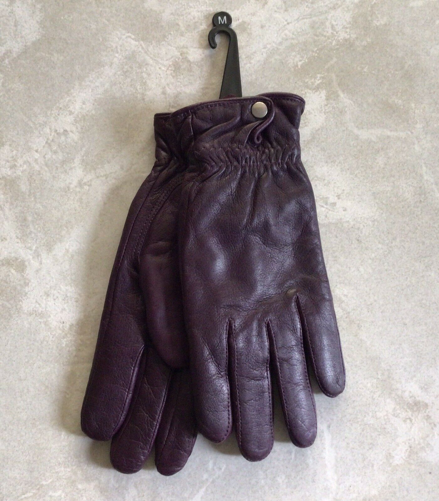 New! Wilsons Leather Women's gloves Soft lining, Sz M
