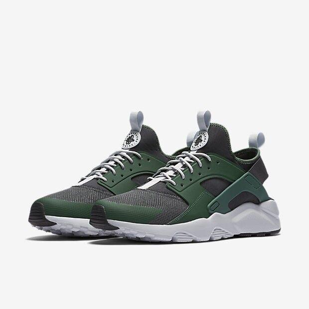 Nike MEN'S Air Huarache Run Ultra Gorge Green Black White SIZE 8.5 BRAND NEW