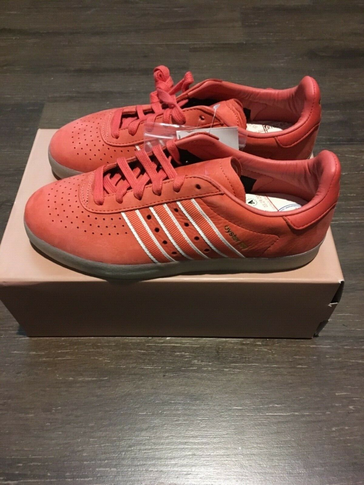 DB1975 Adidas Oyster Holdings 350 red scarlet Men's US Sz 6 Women's 7.5 boost 1