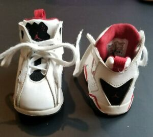 Details about Nike Air Jordan Retro Toddler Sneakers Lace 2008 Shoes White Red Black Cutout 6C