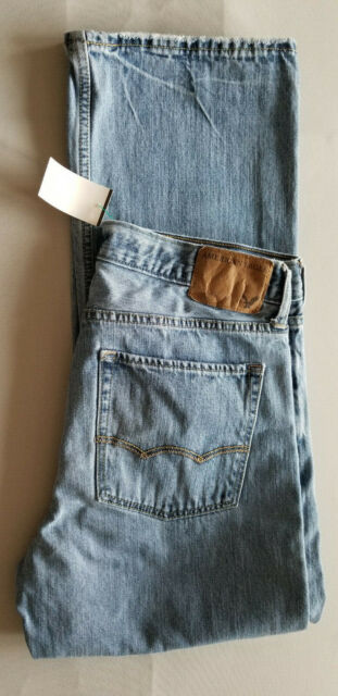 AMERICAN EAGLE AEO Men Low Rise Boot Cut 100% Cotton Denim Jean - 31x30 Blue