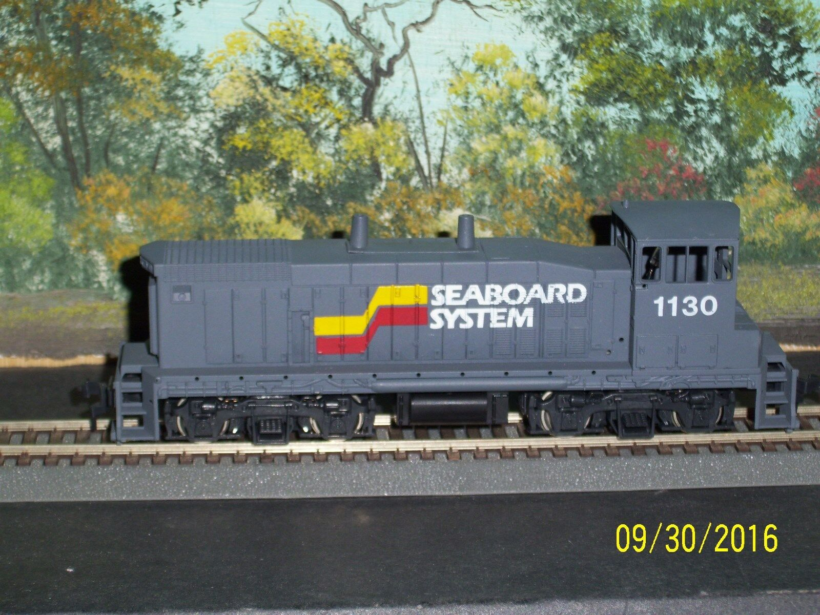 CON-COR HO SCALE  EMD MP-15 DIESEL SWITCHER SEABOARD SYSTEM  1130