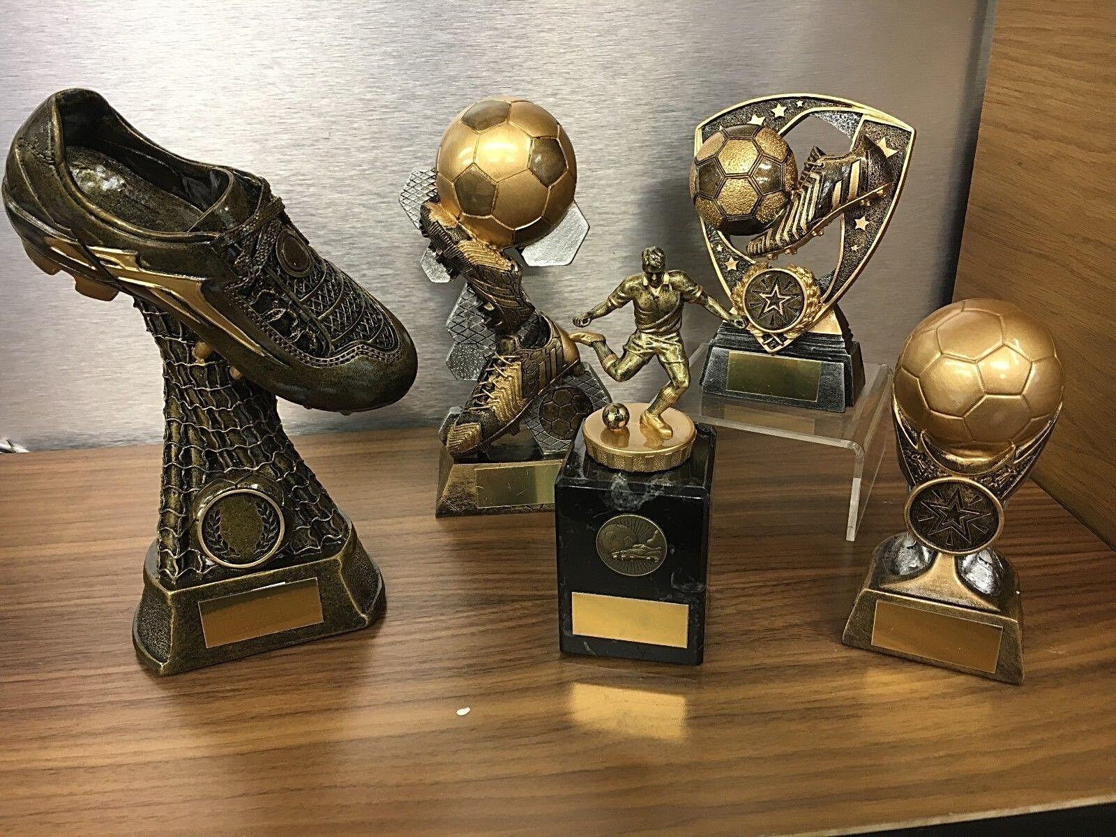 Paquete De 5 mejor calidad fútbol trofeos, Top goleador jugador del año, etc.