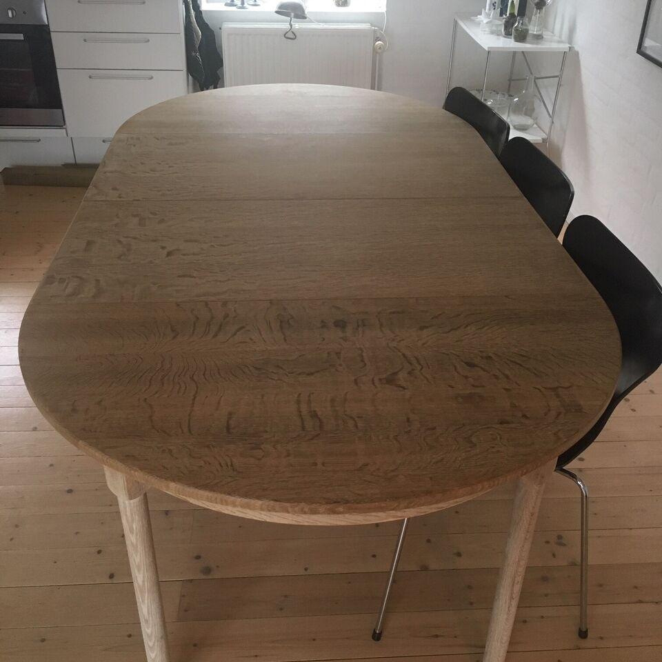 Spisebord, Eg, Rundt