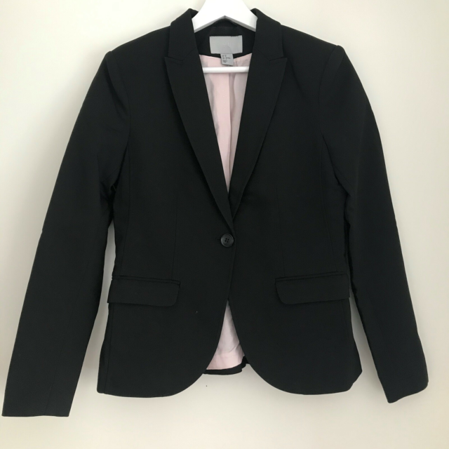 Blazer, str. 36, H&M,  Sort,  Ubrugt, Super fin sort…