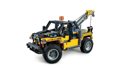 NEW LEGO UK 42079 Heavy Duty Forklift Technic**FREE DELIVERY**