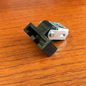 Technics-Turntable-Parts-Dust-Cover-Hinge-1