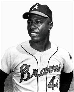 Hank-Aaron-Photo-8X10-Atlanta-Braves-1966-Buy-Any-2-Get-1-Free