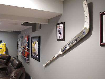 Goalie Hockey Stick Display Wall Mount Hanger For Used Sticks