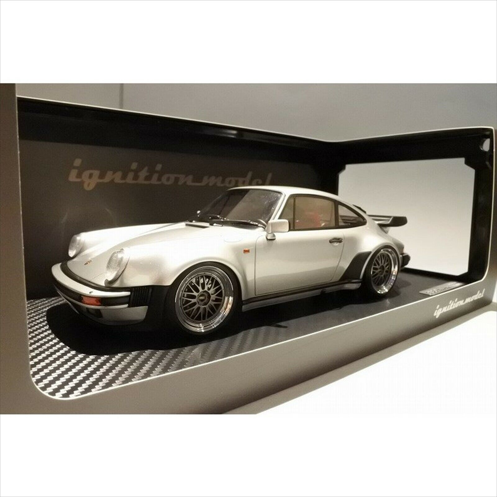 Ignition model IG0950 1 18 Porsche 911 (930) Turbo Silver EMS Express delivery