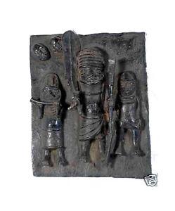 Plaque-de-palais-Bini-Edo-Nigeria-Benin-bronze-cire-perdue-31-x-25-cm