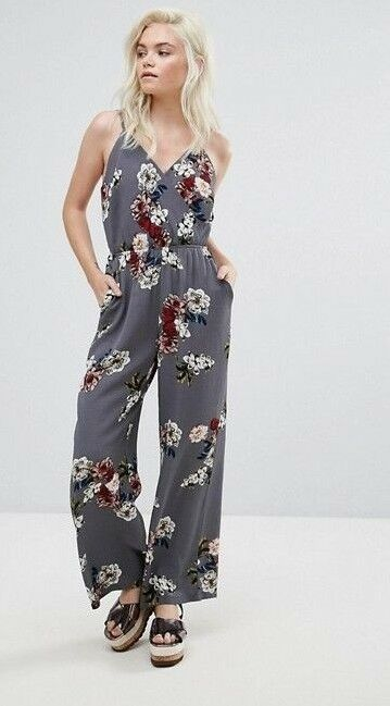NEW LOOK REGULAR FLORAL GREY JUMPSUIT SLEEVELESS WIDE LEG SIZE 6 XS SMALL 8