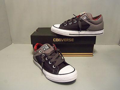 Top Sneaker NIB Black SIZES! 649976F