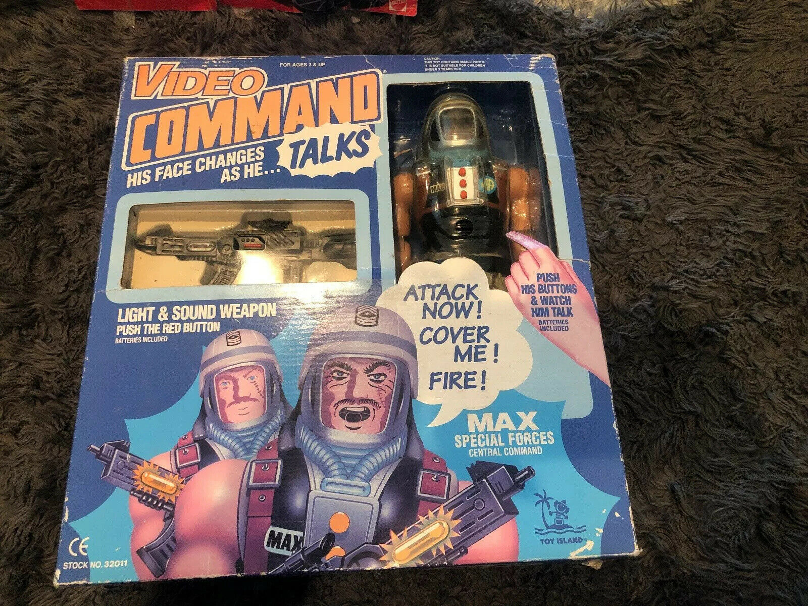 Toy Island Video Command 1992 Talking Face Change Action Figure 12  Max-clothes