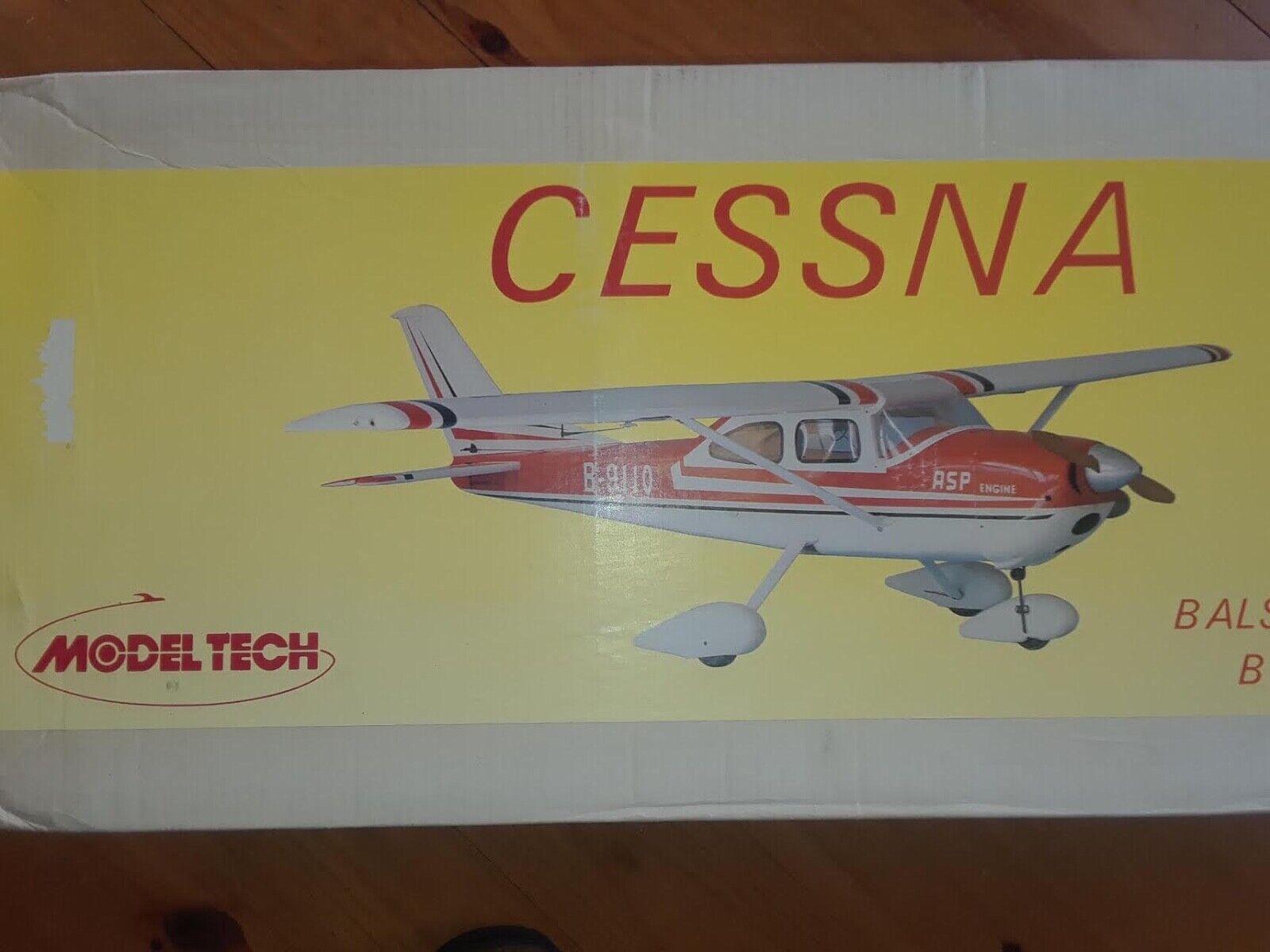 modello Tech co.  Cessna 172 Balsa ready built series kit   nuovo   acquisto limitato
