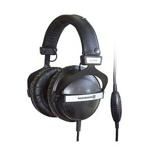 beyerdynamic dt 770 pro studio headphones 250 ohm version ebay. Black Bedroom Furniture Sets. Home Design Ideas