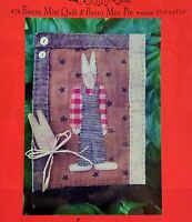 1995 Primitive Sewing Pattern Small Bunny Rabbit Quilt & Pin Craft 7x11