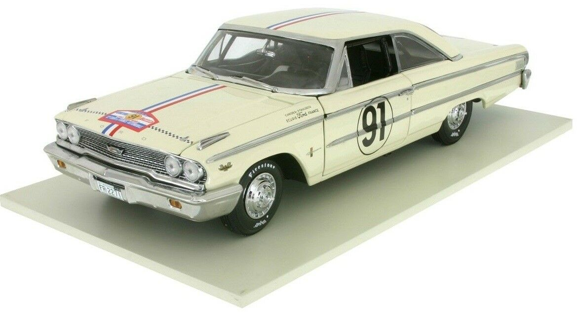 SUN1473 - Voiture de rallye FORD Galaxie 500 hard top n°91 équipage Grossoefour -