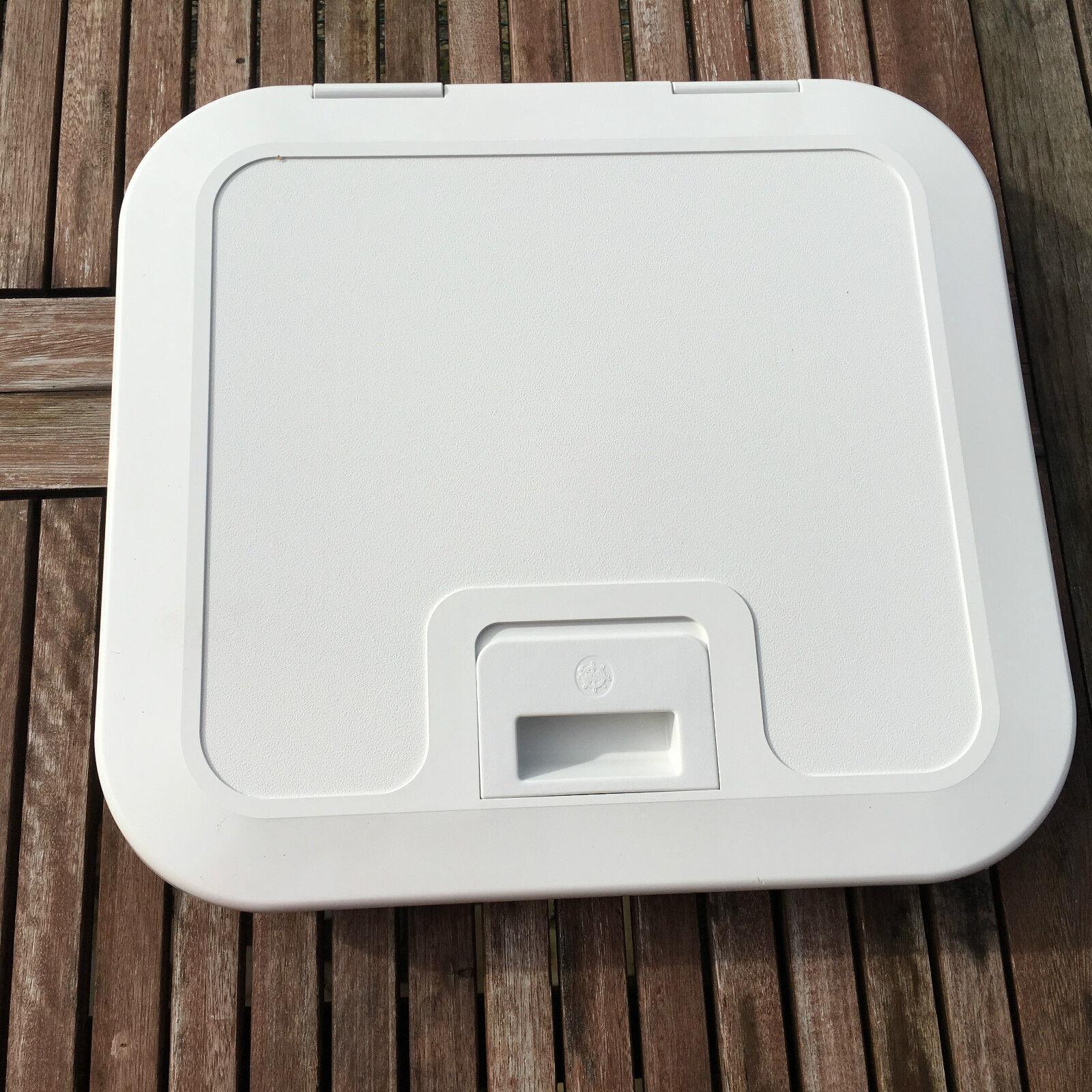 HATCH VISIT PVC WHITE 405 X 375 MM
