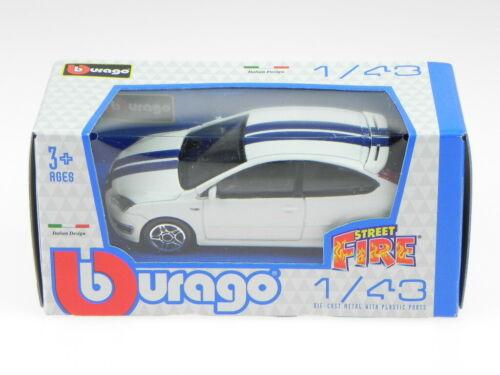 Ford Focus ST 3-Türer weiss stripes blue Modellauto 30159 Bburago 1:43