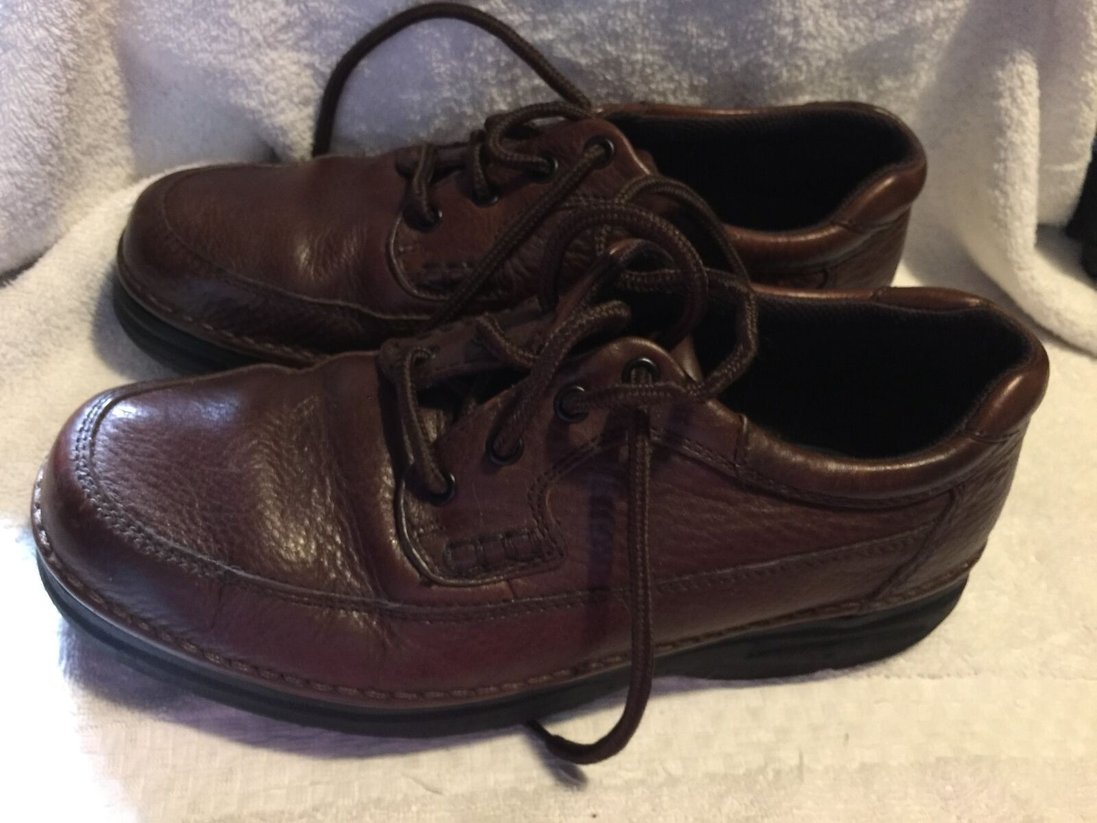 Used Worn Nunn Bush Mens size 8.5 M Brown Leather oxfords