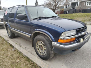 2000 Chevrolet Blazer LT Cloth