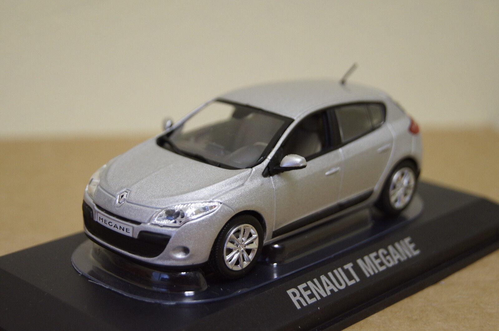 Renault Megane Berline Argent 1 43 NOREV NEUF + OVP 517629