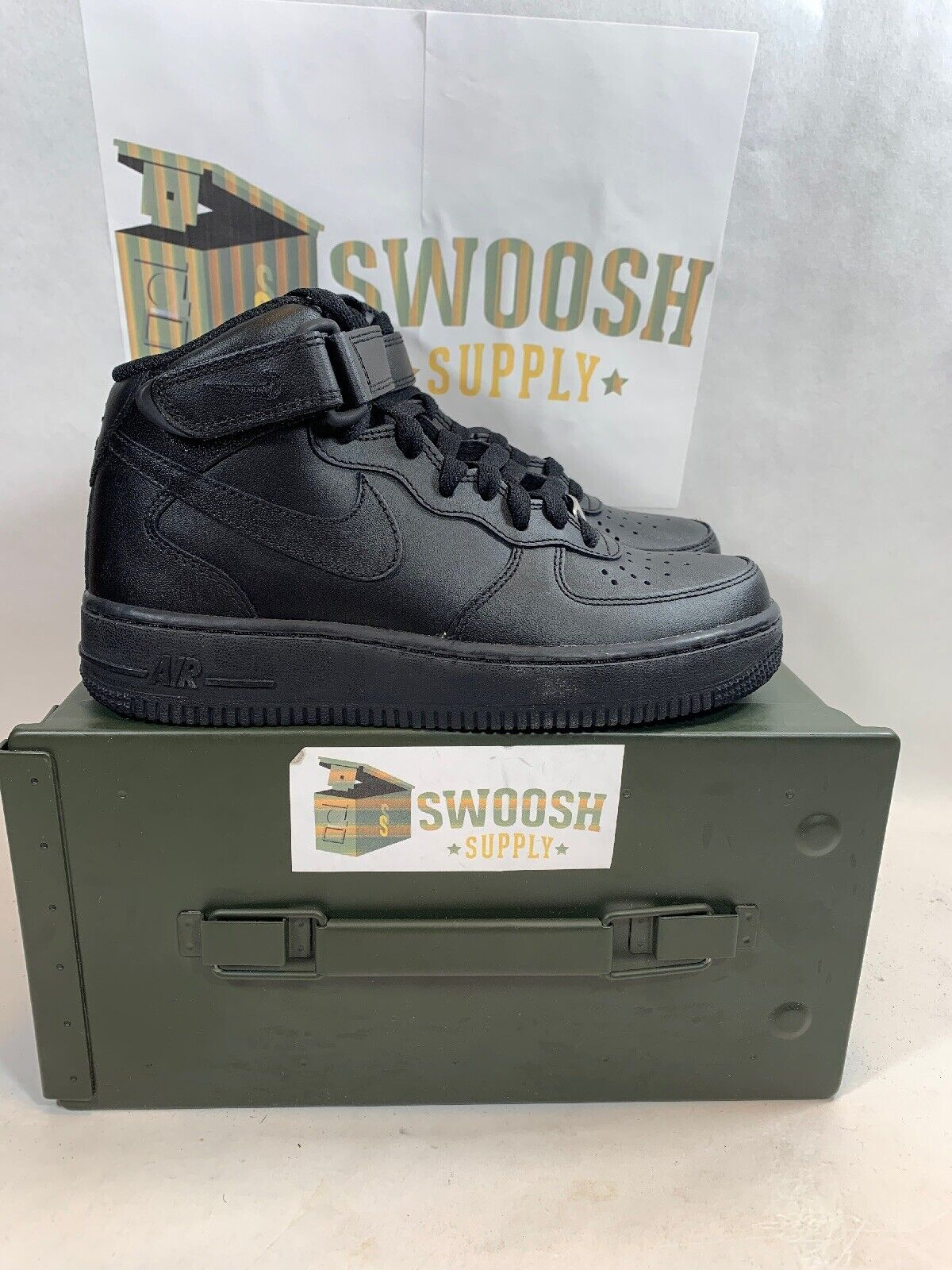 Nike Air Force 1 Mid '07 LE Womens 366731-001 Black Leather shoes Wmns Size 5.5