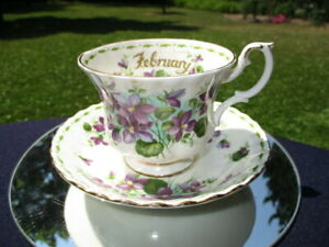 CUP-SAUCER-ROYAL-ALBERT-JANUARY-DEEP-PURPLE-BUNCHES-OF-VIOLETS