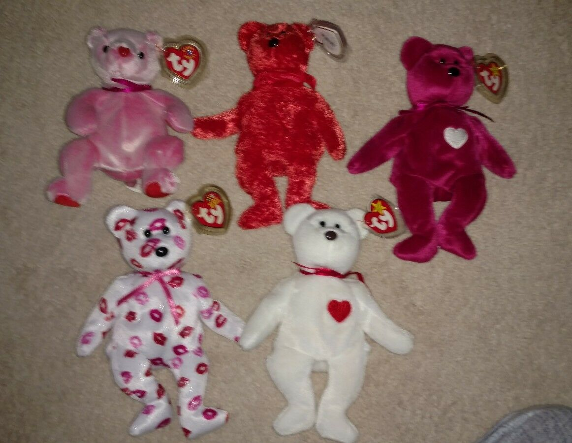 Beanie Babies Valentine's day lot   8 8 8 add5c2