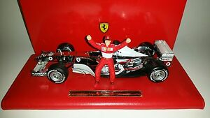 Hotwheels-F1-Ferrari-Chrome-Michael-Schumacher-1-18-Six-Time-World-Champion