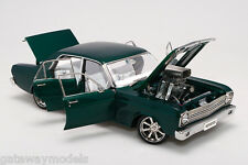 BIANTE / AUTOART 1.18 FORD XR FALCON GT STREET MACHINE EMPIRE GREEN AWESOME